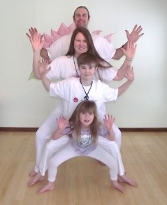 yoga family 003